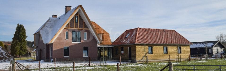 Houten huis bouwen jaro houtbouw is de specialist for Goedkoop vrijstaand huis bouwen