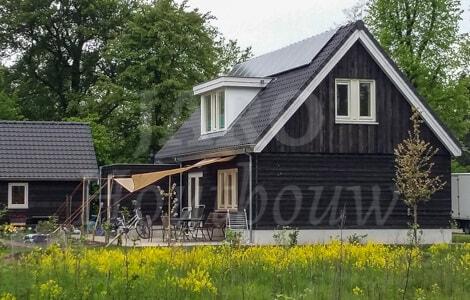 Landelijk huis bouwen jaro houtbouw for Houten huis laten bouwen