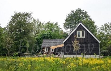 Landelijke woning tussen de bossen in sterksel with for Landelijke villa bouwen