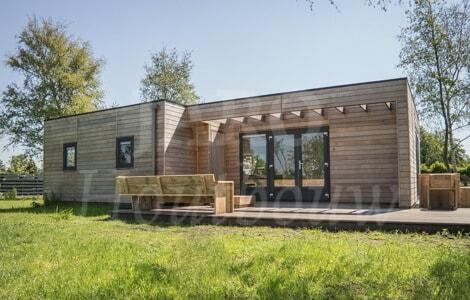 Vakantiewoning bouwen hier doet u inspiratie op - Bungalow ontwerp hout ...