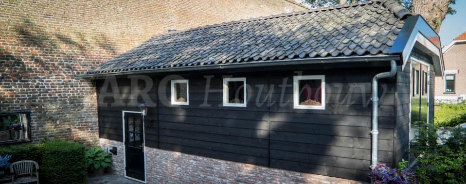 Exclusieve houtbouw op maat houten huizen en chalets jaro houtbouw - Veranda met stenen muur ...