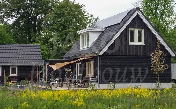 Wonen in een houten huis jaro houtbouw for Goedkoop vrijstaand huis bouwen
